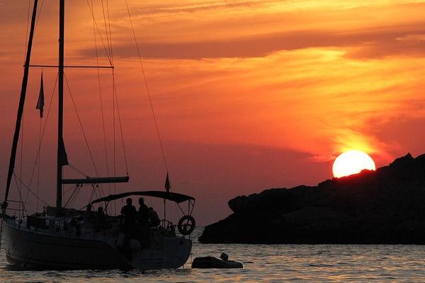 Navegació recreativa amb la vostra estada als apartaments de lloguer SA Gavina a l'Estartit